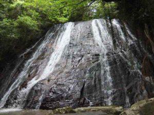 鹿児島県 薩摩川内市下甑町青瀬 瀬尾観音三滝
